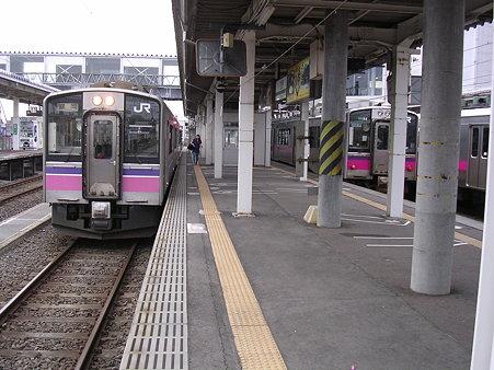 大曲駅ホーム1