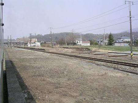 長和駅全景