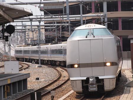 683系特急サンダーバード 東海道本線大阪駅