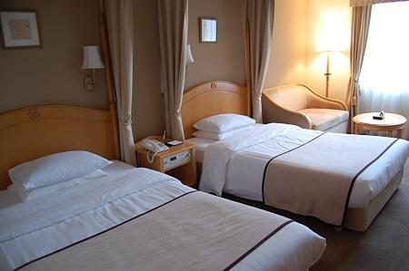 白鳥路ホテル ベッド