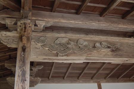 光台院本堂の頭貫DSC_0182