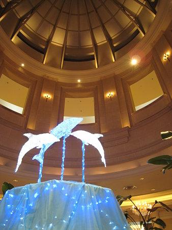 ホテルのイルカ