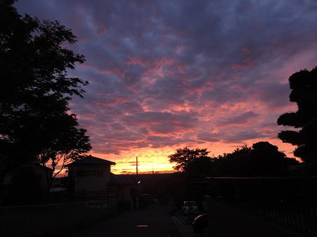 20120605住宅地の夕焼け