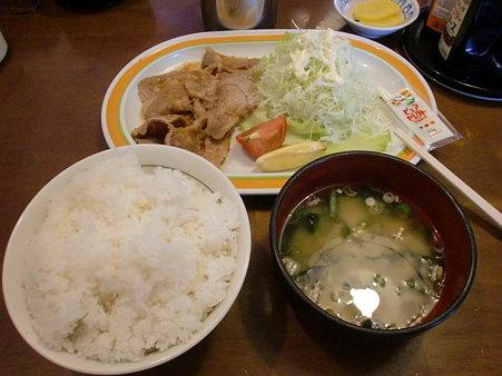 伊勢屋 焼肉定食(ご飯大盛り)