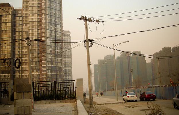 Photos: 北京の電柱って歪んでるんですよね・・・