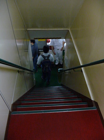 090613-よこすか船内 (5)