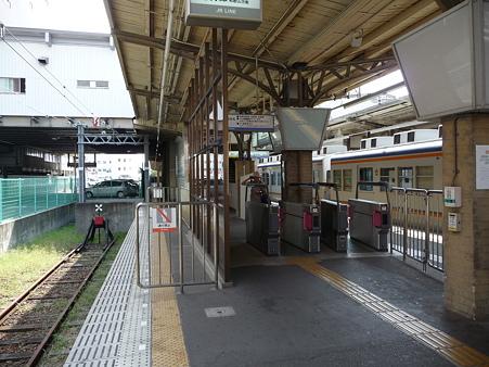 090828-和歌山市駅 (2)