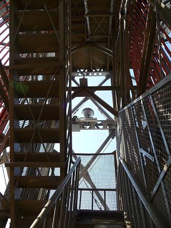 091012-マリンタワー 階段 (33)