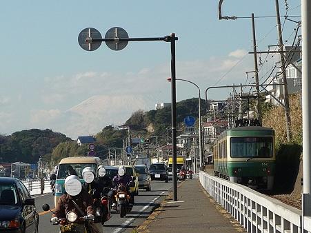 101210-江ノ電 鎌高前 (13)