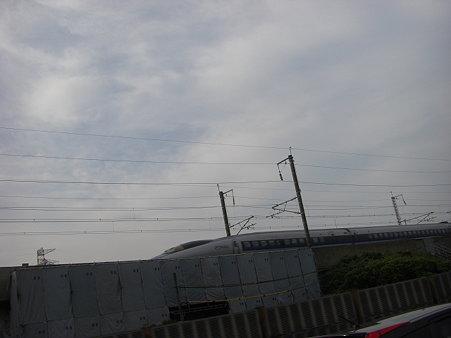 新幹線・・・相対速度400k?