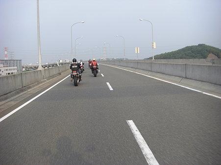 福岡都市高速を走る