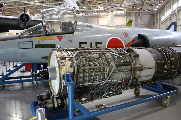F-104Jとエンジン