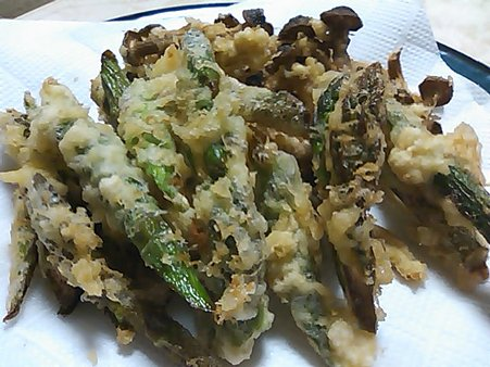 アスパラとシメジの天ぷら
