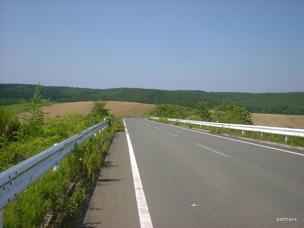 【北部上北広域農道】「第二ジブリが丘」と命名した牧草地帯
