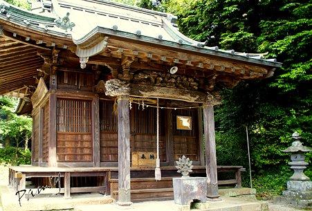 山神神社・・
