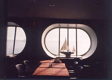 【18】タリンク・シリヤライン乗船|船内レストランにて朝食 [2005]
