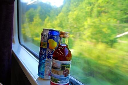 札幌まで4時間。飲むしかない(笑)