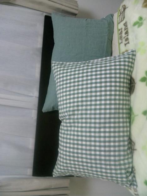 キリオの無印で羽根枕を買い.