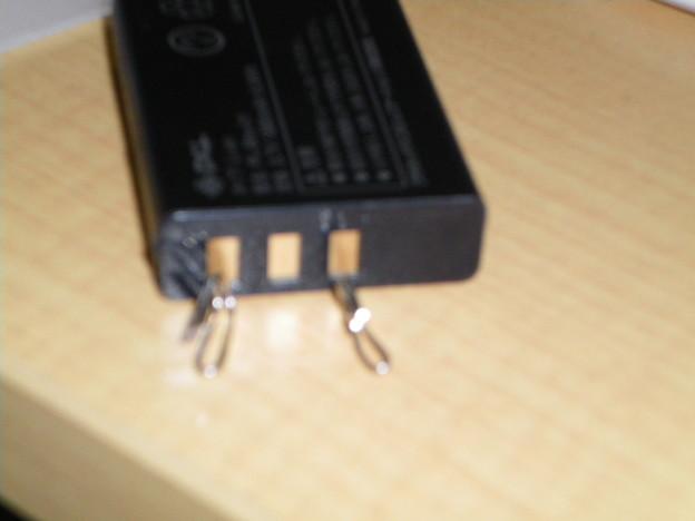 写真: クリップを電極に