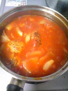 ミネストローネ風肉団子スープ完成~。昨日に引き続きスープが大杉で...