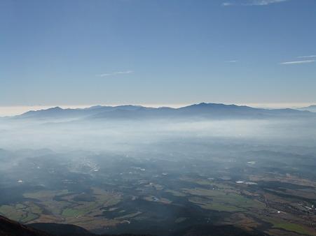 久住山山頂から望む祖母山