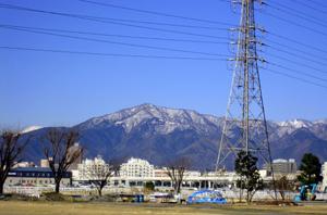 海老名から見る冬の丹沢と富士山